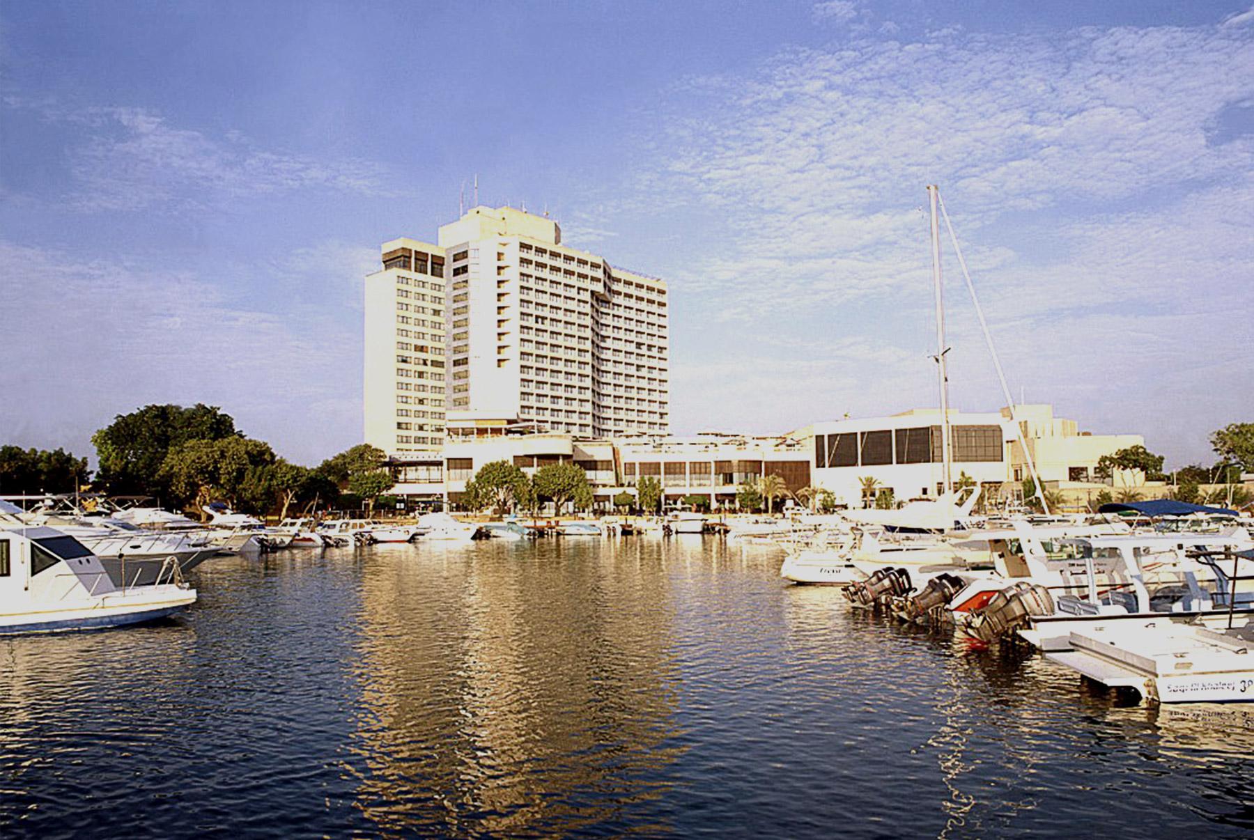 Intercontinental Abu Dhabi Lemessurier